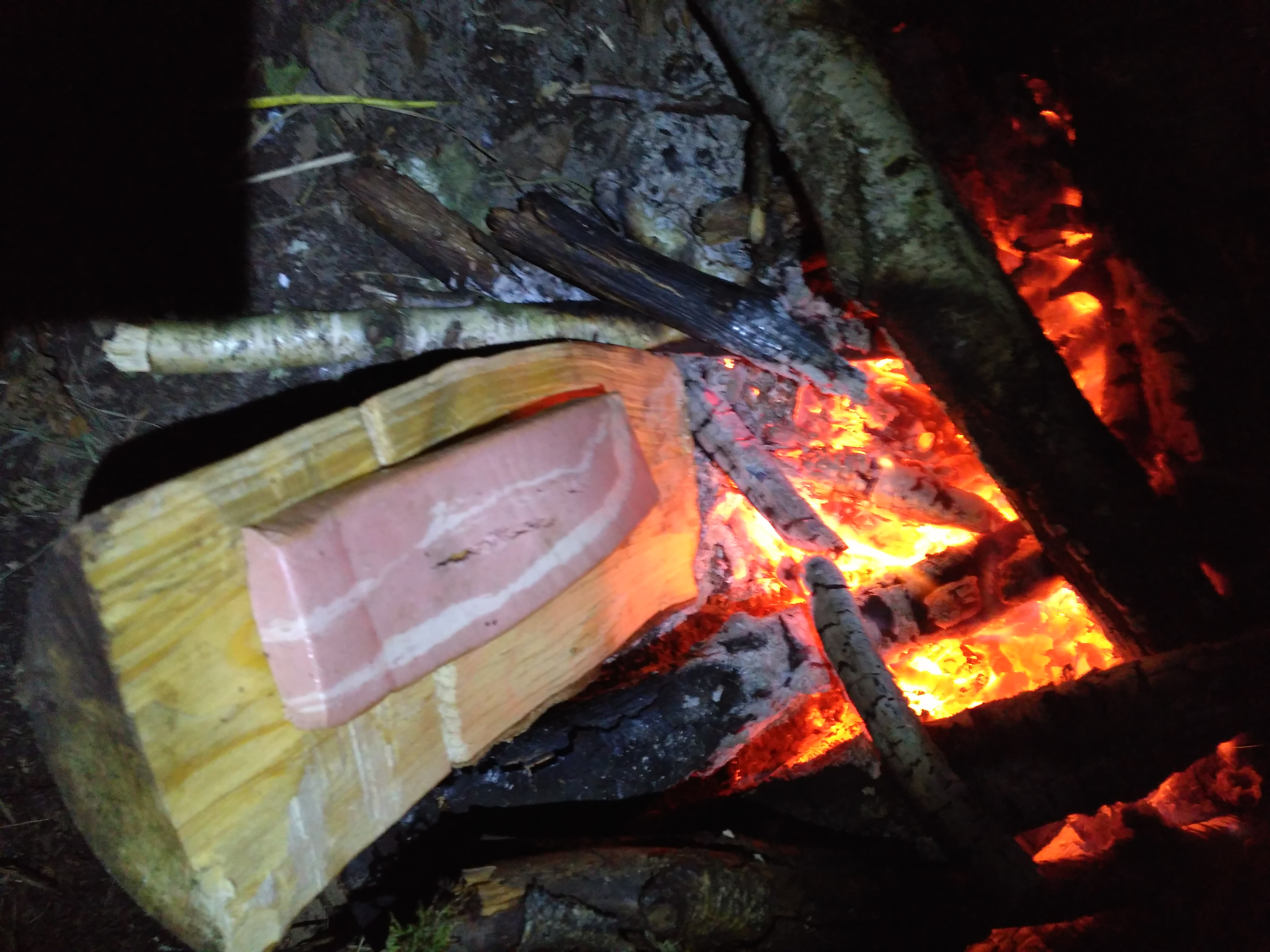 Wegański boczek z grilla