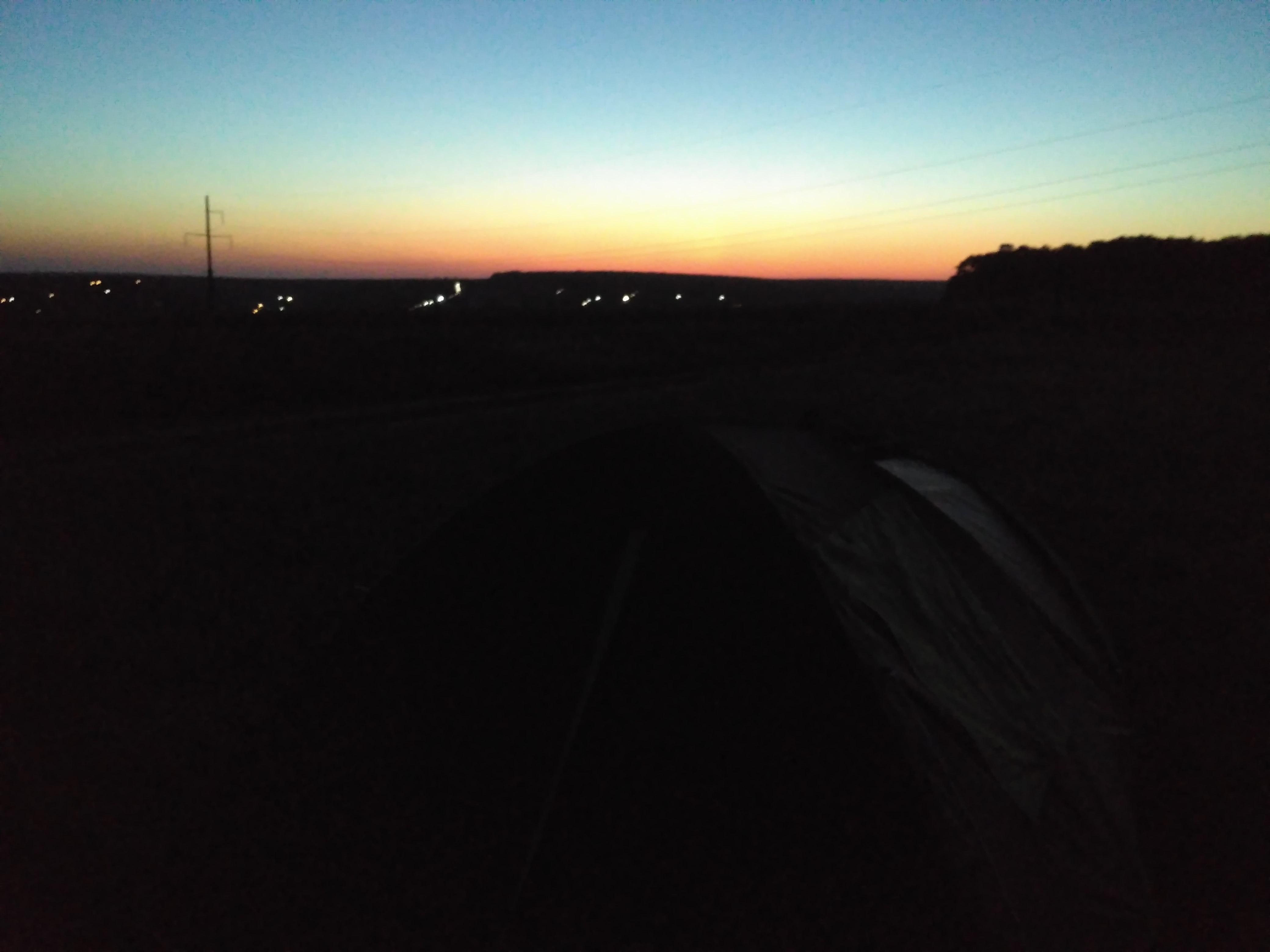 Nocleg w namiocie na rumuńskiej polance, 5 km od granicy z Moldovą